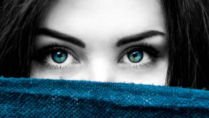 Tratamiento de las arrugas de expresión periobitales para rejuvenecer y realzar tu mirada